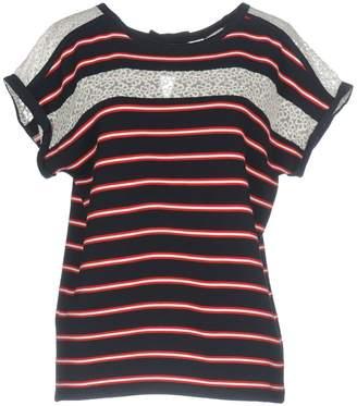 Naf Naf T-shirts