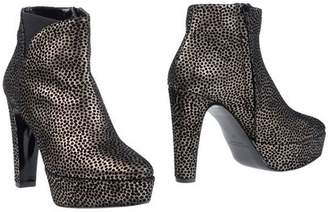 Pons Quintana Ankle boots