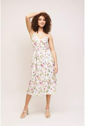 Dynamite Wrap Midi Dress White Floral
