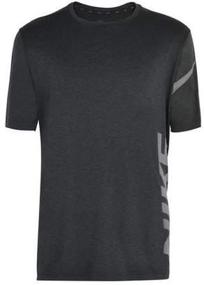 Nike BREATHE TOP SHORT SLEEVES HYPER DRY GRAPHICS T-shirt