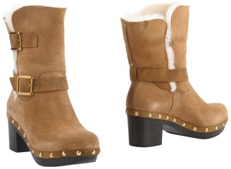 UGG Ankle boots - Item 11317512NQ