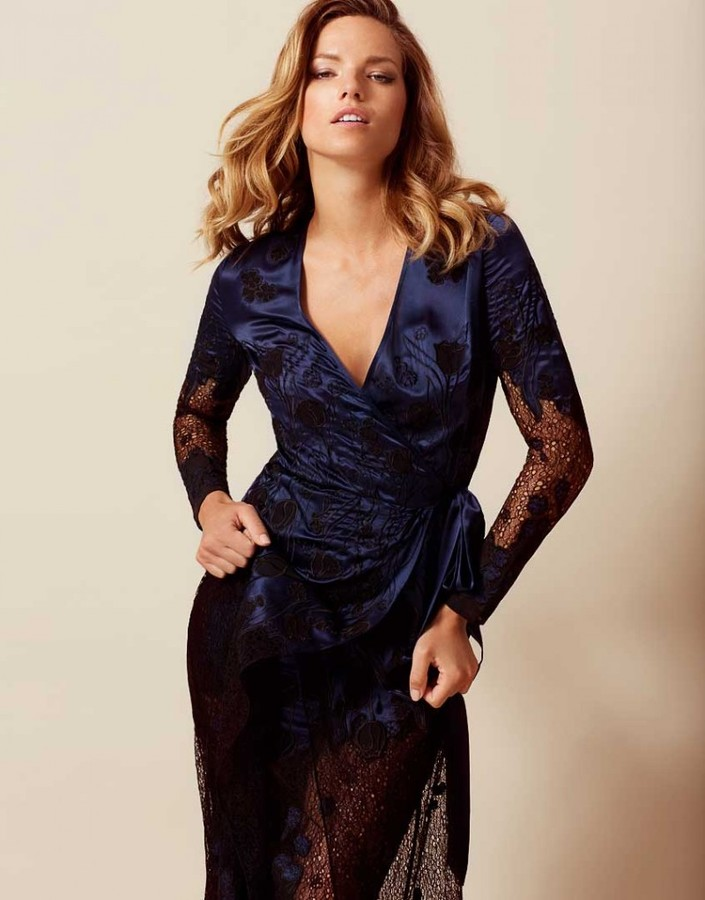Agent Provocateur Anissa Gown Navy And Black