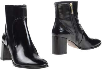 Martinelli Ankle boots