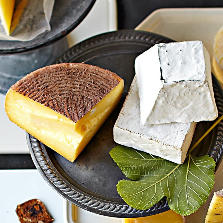Williams-Sonoma Looking Glass Creamery Collection