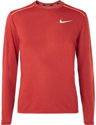 a640665ca79d Nike Running Rise 365 Perforated Breathe Dri-Fit T-Shirt