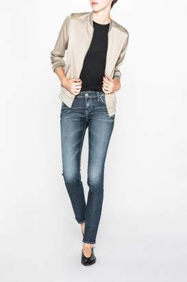 Silver Jeans Co. Eylse Eased-Curve Straight