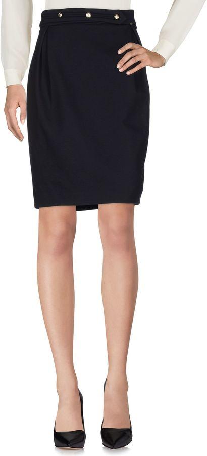 Annarita N.ANNARITA N. Knee length skirts
