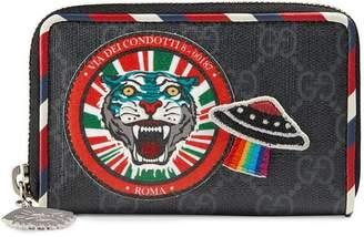 Gucci Night Courrier GG Supreme card case
