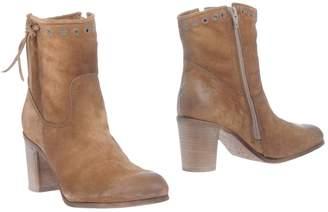 Celtic & CO. Ankle boots