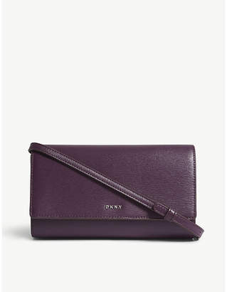 DKNY Bryant leather wallet-on-chain