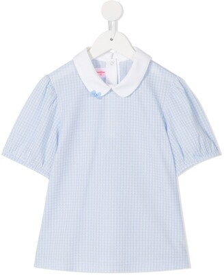 Familiar short-sleeve fitted blouse