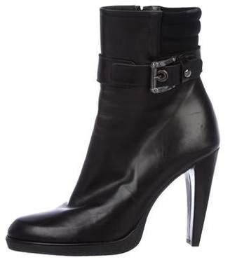 Stuart Weitzman Leather Round-Toe Ankle Boots