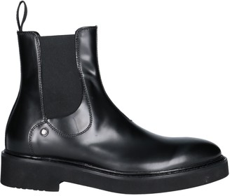 a36903f4ae9 Cesare Paciotti 308 MADISON NYC Ankle boots