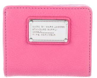 Marc by Marc Jacobs Marc Jacobs Leather Compact Wallet