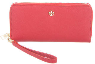 Tory Burch Tory Burch Perry Passport Zip Continental Wallet