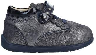 Chicco Low-tops & sneakers