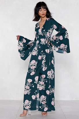 Nasty Gal Wrap Queen Kimono Dress