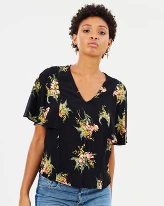 Warehouse Tropical Bunch Short Sleeve Top