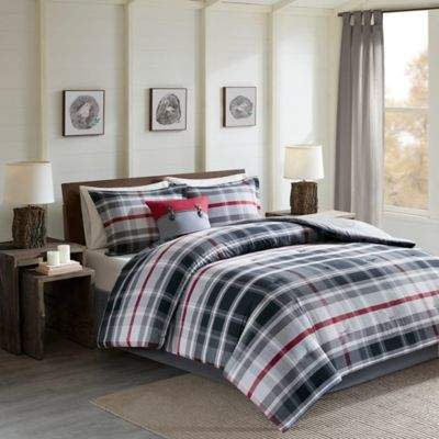 Black Forest Twin Comforter Set in Black/Red