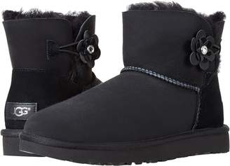 UGG Mini Bailey Petal Women's Pull-on Boots