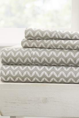 IENJOY HOME Home Spun Premium Ultra Soft Puffed Chevron Pattern 4-Piece California King Bed Sheet Set - Gray