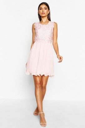 d05be5a588 boohoo Boutique Corded Lace Pleated Skater Dress