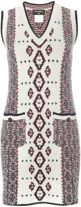 Chanel Pre-Owned patterned sleeveless knitted dress