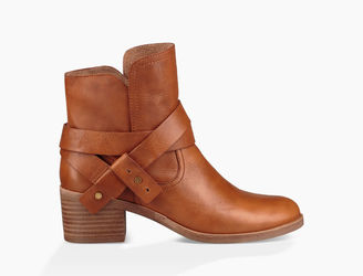 Women's Elora Leather $175 thestylecure.com