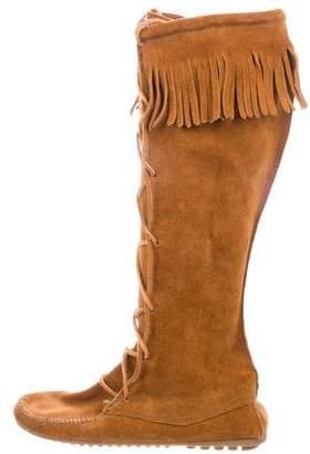 Minnetonka Round-Toe Suede Boots