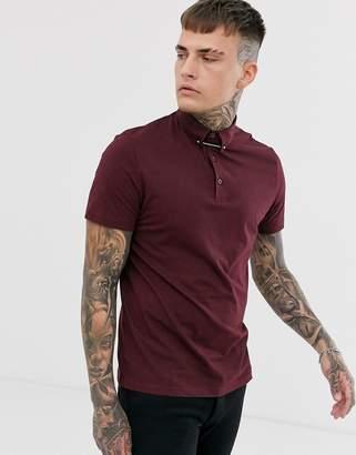 Asos Design DESIGN polo shirt with collar tie pin in burgundy