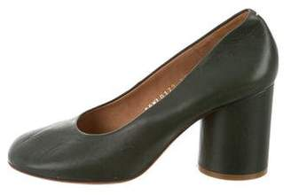 Maison Margiela Round-Toe Leather Pumps