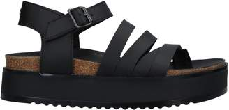 Collection Privée? Toe strap sandals