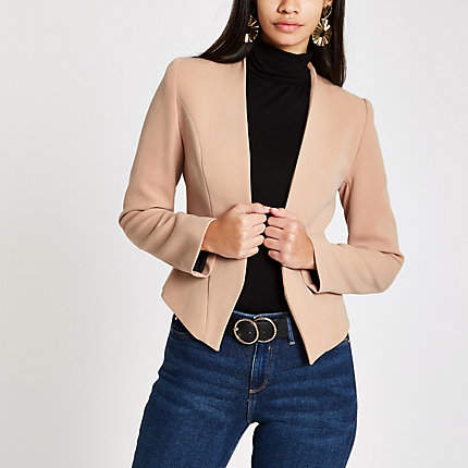 Womens Beige shoulder pad long sleeve blazer