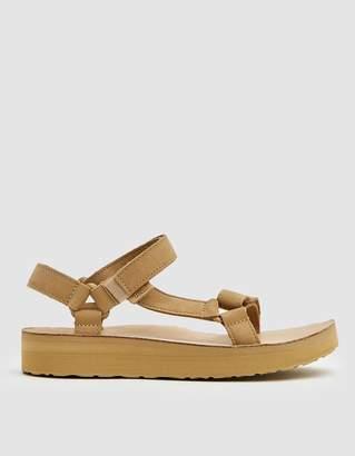 Teva Midform Universal Leather Sandal in Desert Sand