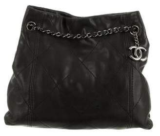 Chanel Quilted Leather Tote Bag Black Quilted Leather Tote Bag