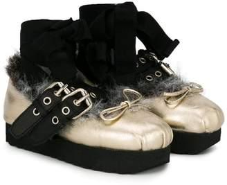Douuod Kids faux fur buckle ballerinas