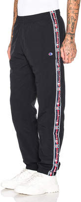 Champion Reverse Weave Champion Elastic Cuff Pants in Black | FWRD