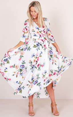 Showpo Retro Romance maxi dress in white floral - 18 (XXXL) Dresses