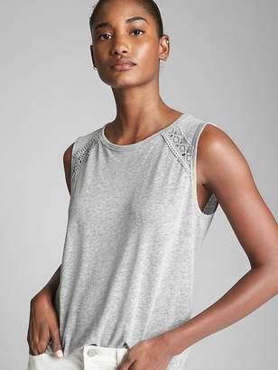 Gap Sleeveless Crochet Insert T-Shirt in Linen Jersey