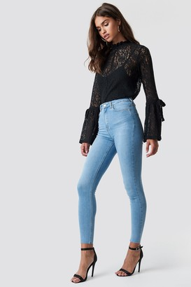 NA-KD Na Kd Skinny High Waist Raw Hem Jeans