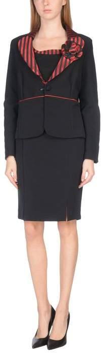 GRN Women's suit