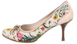 0dd1f553229 Pre-Owned at TheRealReal · Gucci Round-Toe Floral Print Pumps