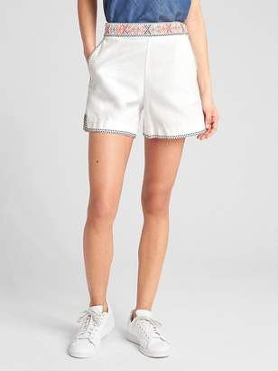 """Gap High Rise 5"""" Shorts with Embroidery"""