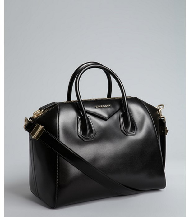 Givenchy black leather 'Antigona' crossbody satchel