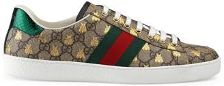 Gucci Men's Ace GG Supreme bees sneaker