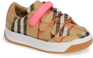 Burberry Groves Low Top Sneaker