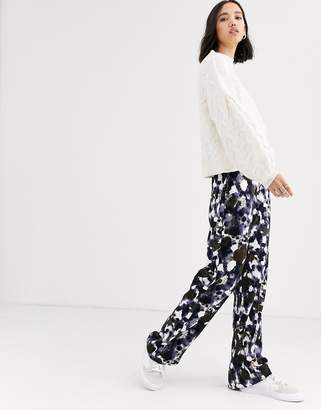 NATIVE YOUTH wide leg pants in abstract smudge print
