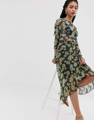Minimum Moves By floral midi skirt