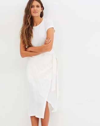 Resolution Tie Skirt
