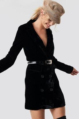 NA-KD Velvet Blazer Dress Black
